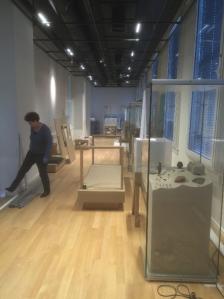 RMO-tentoonstelling in opbouw_klein_IMG_3146